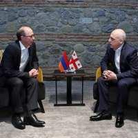 Հայաստանի և Վրաստանի ԱԳ նախարարները հանդիպել են Ծինանդալում