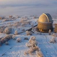 Բյուրականի աստղադիտարանի մի շարք կառույցներ կկրեն վաստակաշատ անձանց անուններ